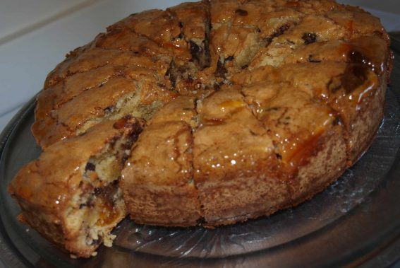 Apricot and Chocolate Chip Cake Recipe