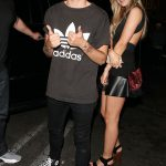 28960B1B00000578-3083097-Hanging_out_One_Direction_s_Louis_Tomlinson_has_been_seen_with_b-a-40_1431687390894