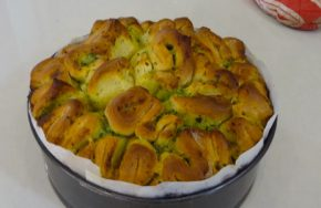Thermomix herb and garlic pull apart