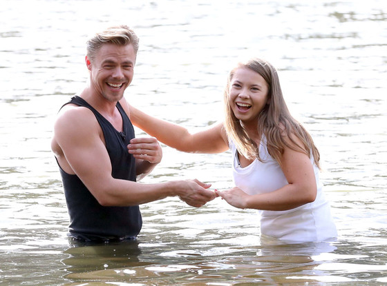 Fashion competition 2017 - Bindi Irwin Scores A Perfect 40 For Her Amazing Dirty